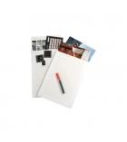 Boîte de 25 pochettes auto-adhésives kraft blanc - 260 x 330 mm - sans fenêtre - dos carton - 120 g