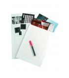 Boîte de 25 pochettes auto-adhésives kraft blanc - 229 x 324 mm - sans fenêtre - dos carton - 120 g